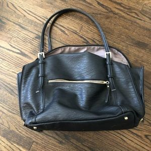 Handbags - Like new large black purse/tote bag✨